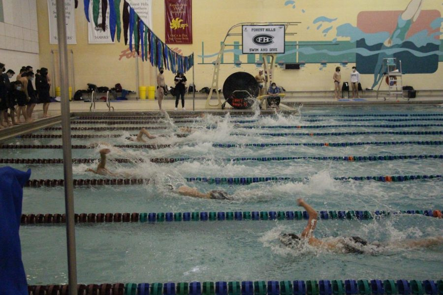 Boys swim and dive wins Battle of the Hills to start its season off strong