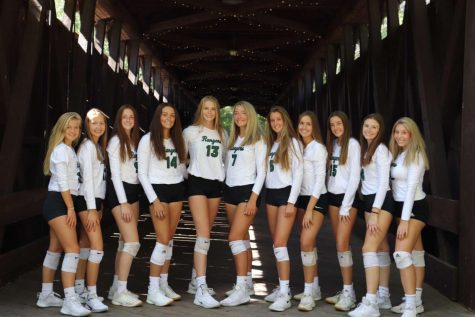 Varsity Volleyball picks up massive win on senior night over Wayland Union