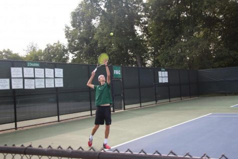 Boys varsity tennis wins all three matches at their quad in West Ottawa