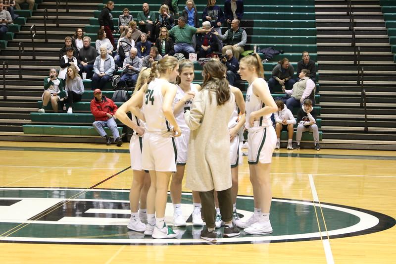 Girls varsity basketball extends winning streak with win over Forest Hills Northern 61-39