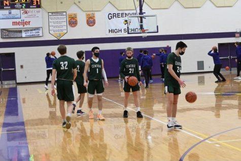 Boys JV basketball pull away from Byron Center 75-57 behind Levi McKenzie