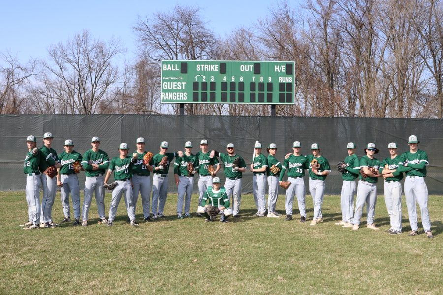 Seniors lead the varsity baseball team to a sweep in its doubleheader against Greenville