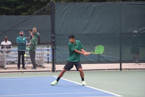 Boys varsity tennis grabs a pair of 8-0 sweeps over Greenville and Lowell