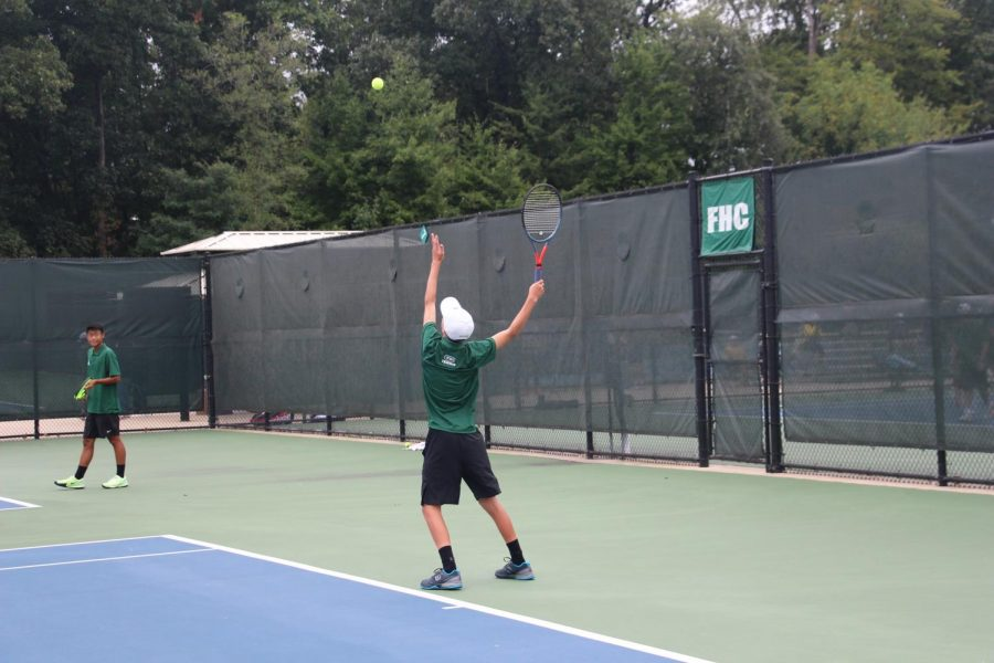 Boys varsity tennis shows out in the Gross Pointe Invite